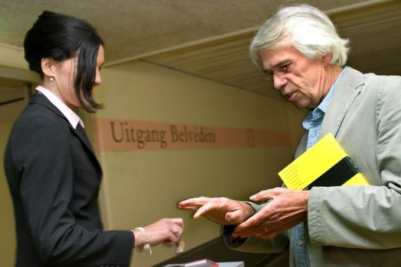 Collector | Karin van Pinxteren | performance 2009 | photo by Witold de Man