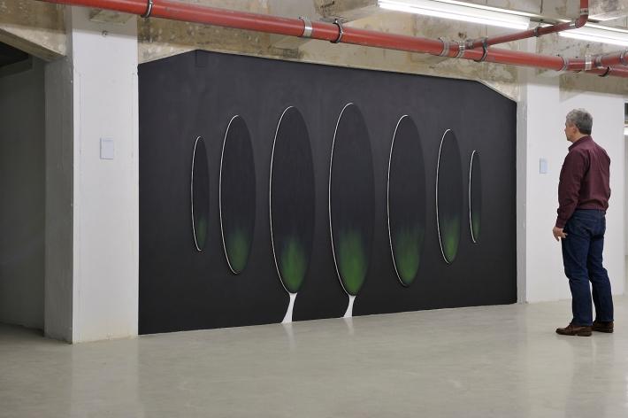 The Court Dance | Karin van Pinxteren | oil pain, wooden panel, wallpaint | 2008 | photo by Peter Cox